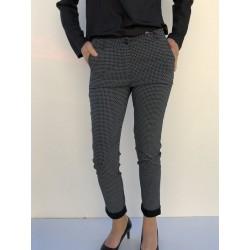 Pantalon à  petit carreaux